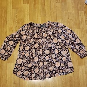 Lucky Brand plus navy/coral floral top 1X